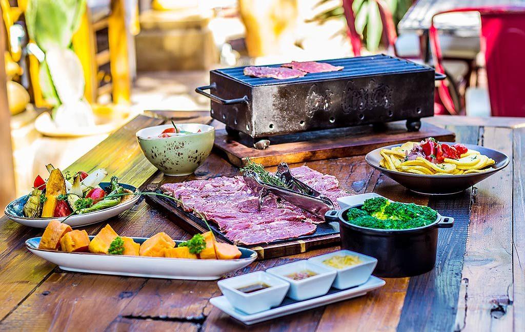 cas_costas_restaurante_grill_carnes_parrilla_ibizaslider_movil_2020_en_12
