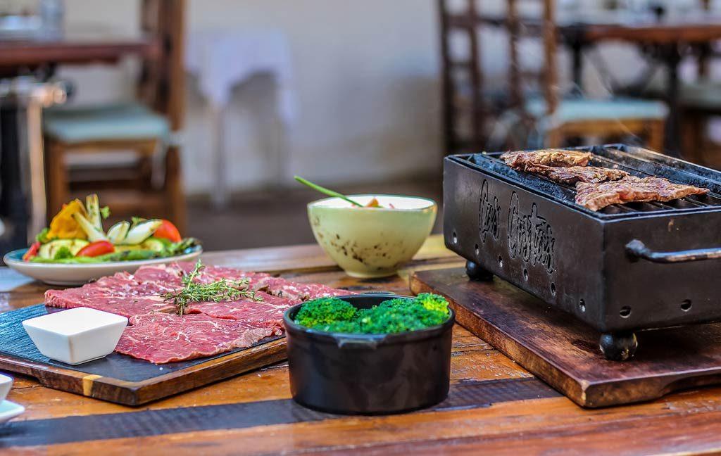cas_costas_restaurante_grill_carnes_parrilla_ibizaslider_movil_2020_en_5